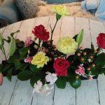 バラとカーネーションのアレンジフラワー in 12月